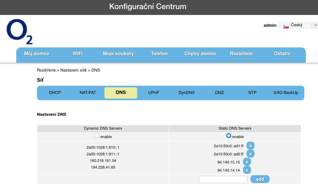 V konfiguračním centru vybereme rozšířené > nastavení sítě > DNS a zadáme IP adresy adguardu do sloupce Static DNS Servers a dáme enable.